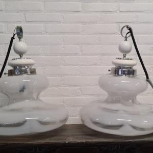 stel Italiaans Murano glazen hanglampen. Hoogte 55 cm
