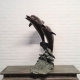 gepatineerd bronzen tuinfontein 2 dolfijnen, hoogte 89 cm